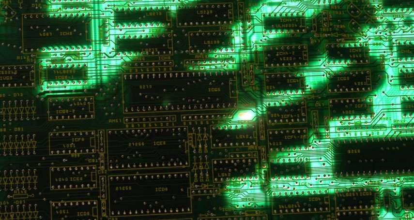 許毓仁觀點:美國數位韌性法規新趨勢─年報揭露與董監事職責