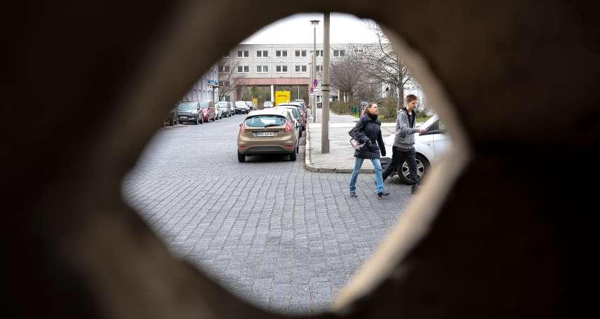 逃到西德的東德足球明星自撞身亡之謎......眼線遍布柏林圍牆兩端,「無處不在」的史塔西