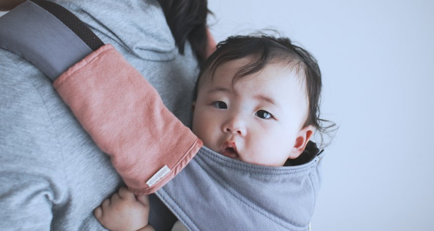 別讓「親餵母乳」逼死媽媽!她餵孩子到2歲,道出種種錯誤觀念如何將生育變成惡夢