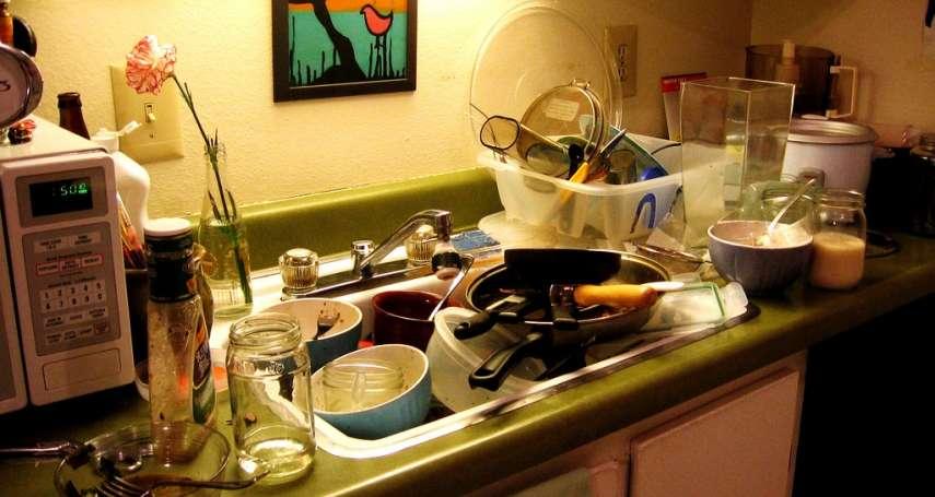 鍋碗瓢盆買個不停,廚房簡直要爆炸啦!快利用這些「隱形空間」把廚房變大