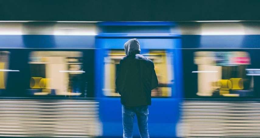 這些照片竟出自15歲少年之手!瑞典青年攝影師網路崛起,耀眼才華令網友讚嘆不已!