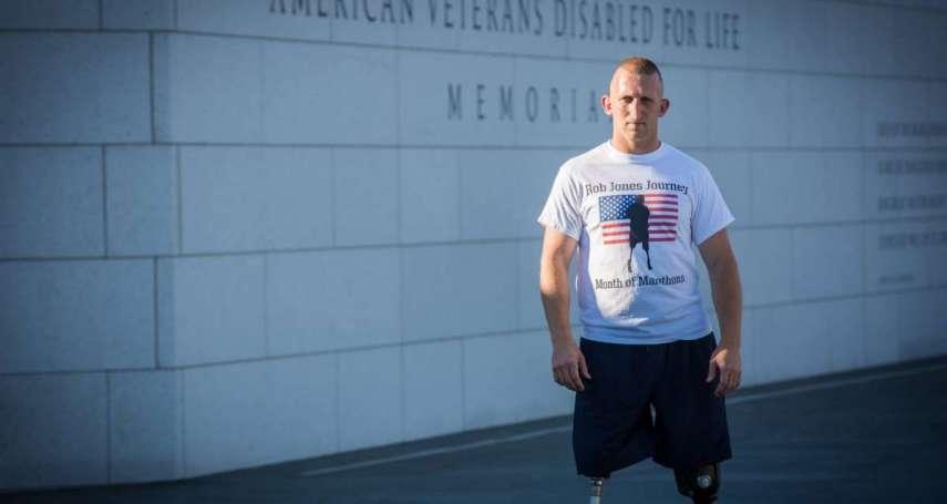 殘奧銅牌、單車橫越美國 失去雙腿的退役美軍繼續挑戰31天31場馬拉松!