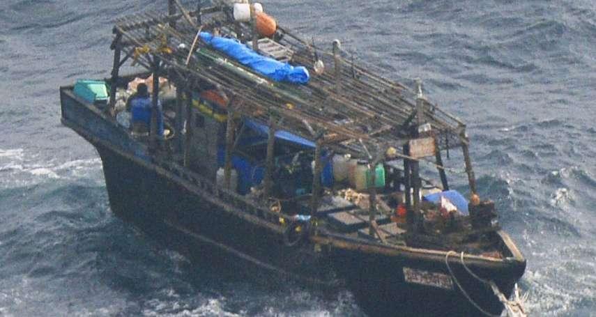 載著白骨的木造「幽靈船」,為何屢屢漂流日本海?NBC:中國過度撈捕,逼死北韓漁民