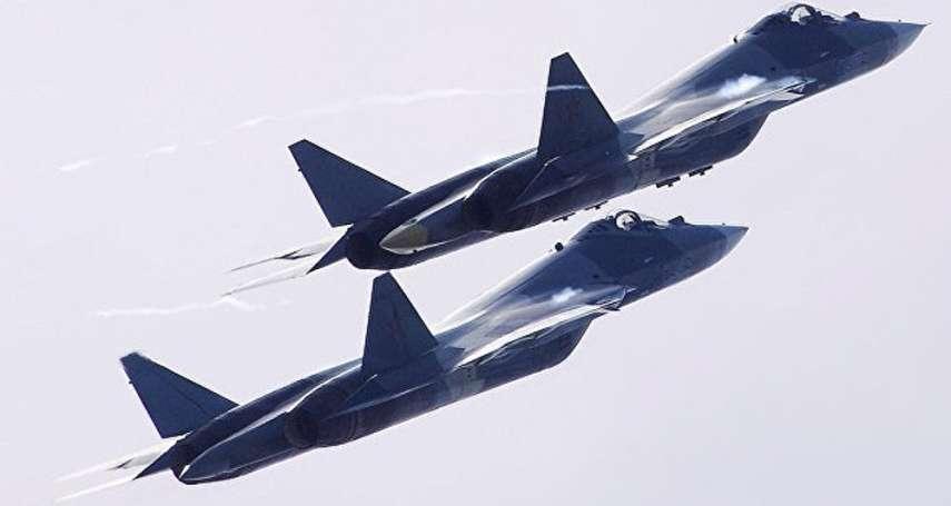 俄國空軍首架「五維作戰」戰機 Su-57明年列裝部隊、2019開始量產