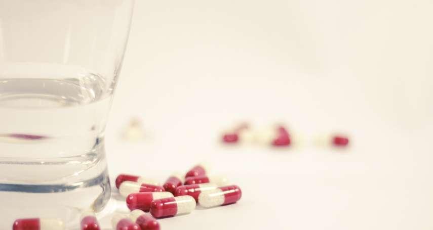 一顆藥要價破萬,是要救1個罕病兒或救5個一般病患?健保政策上的兩難抉擇