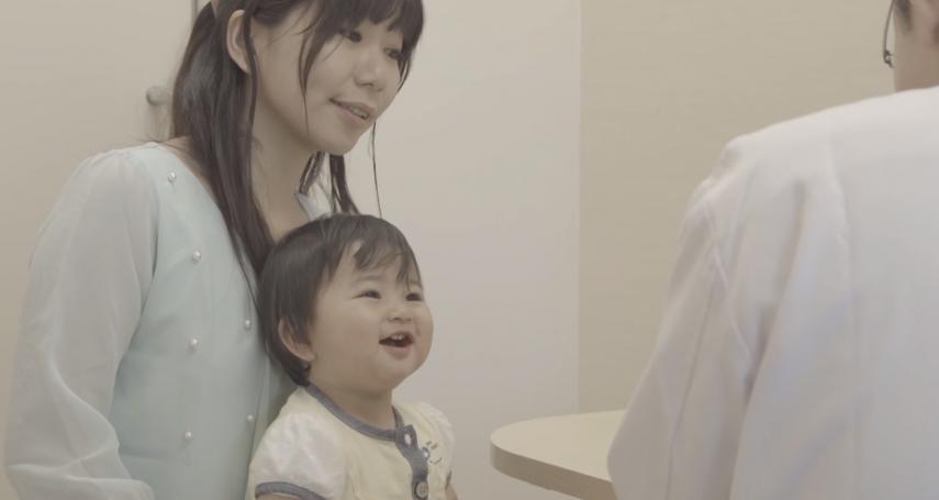 寶寶三四天解一次大便,算便秘?小兒科醫師:嬰兒便祕別想用多喝水、益生菌來改善