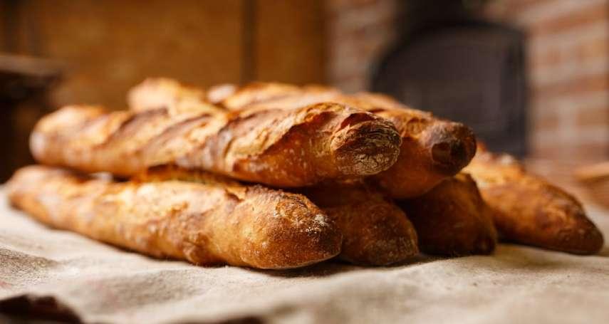 為何「長棍麵包」對法國那麼重要,甚至要拿去申請文化遺產了?你該知道的精采過往!