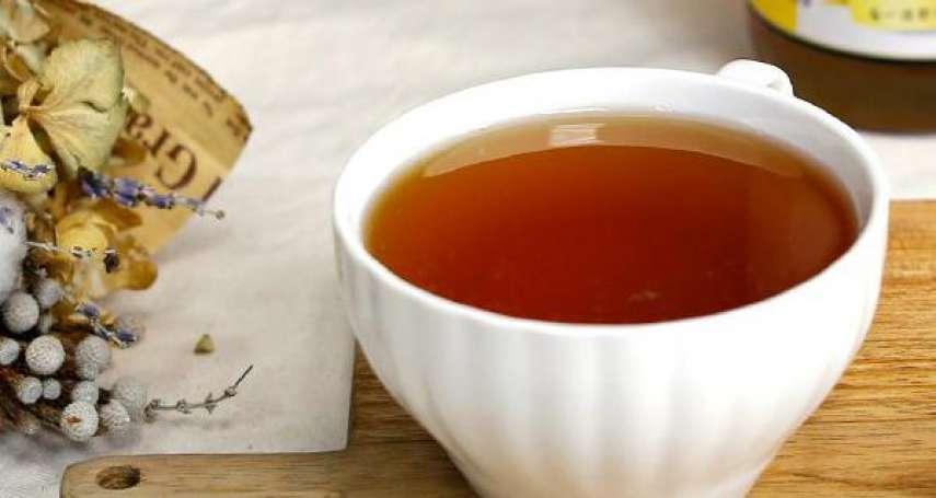 空腹一杯蜂蜜水清腸又排毒?「蜂蜜」3大常見迷思,營養師一篇解