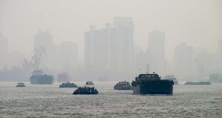 訂個PM2.5標準竟花了十年,空氣品質世界倒數、只贏中國大都市…不想死的台灣人快醒醒