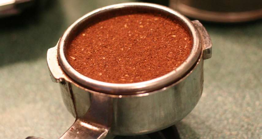 別急著丟掉咖啡渣!功能絕不只除異味,這10個讓人意想不到的神奇妙用你也該知道