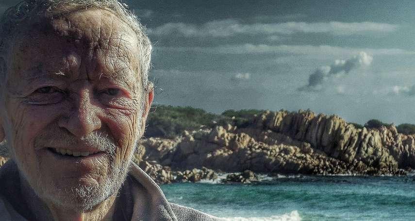 逃離城市、獨居海島近30年 義大利79歲「現代魯賓遜」盼在島上度過餘生