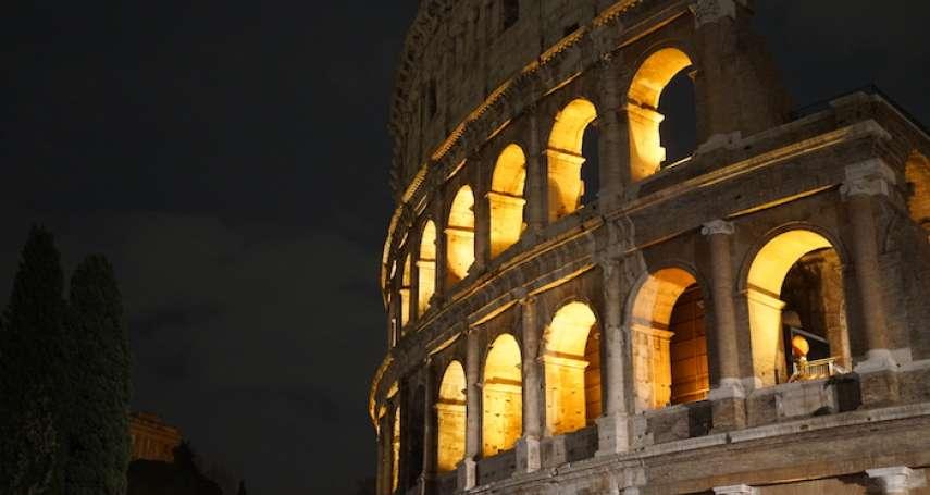 凱撒跨過一步,一個時代結束而新的時代開啓:《盧比孔河》選摘(1)