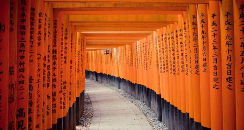 日本前30大旅遊景點「關西完勝」,千本鳥居5連霸!但這座「觀光大城」竟爆冷門掛蛋…