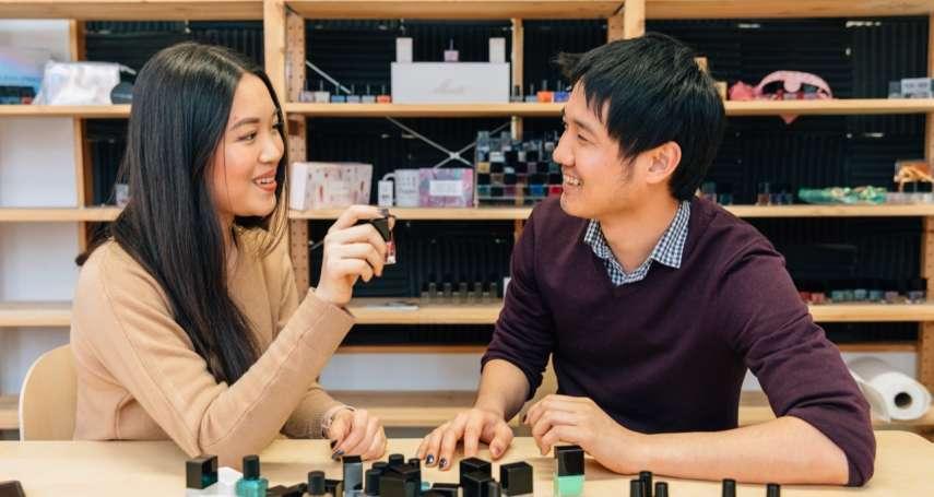 台灣兄妹賣「指甲油」到登上《富比士》!風靡紐約時尚圈,連《歌喉讚》都上門搶聯名!