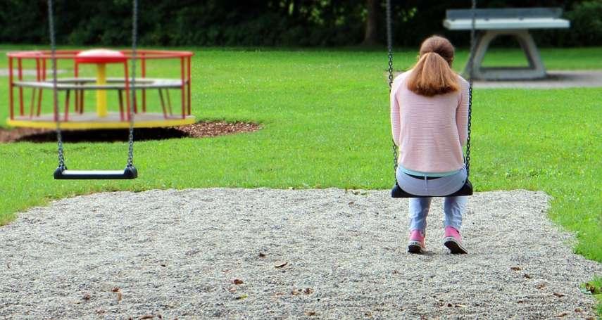 遭哥哥性侵,媽媽法庭上竟說「女兒的處女給兒子,沒啥了不起」她的故事令人超痛心