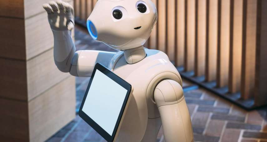機器人來搶飯碗,工作機會竟「不減反增」?專家預測:「這產業」前景好、最難被取代
