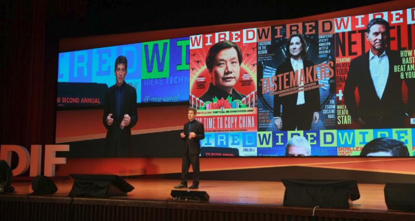 看當初被微軟CEO嘲笑的iPhone!採訪過數千企業,他以7個「精彩案例」點出台企未來出路