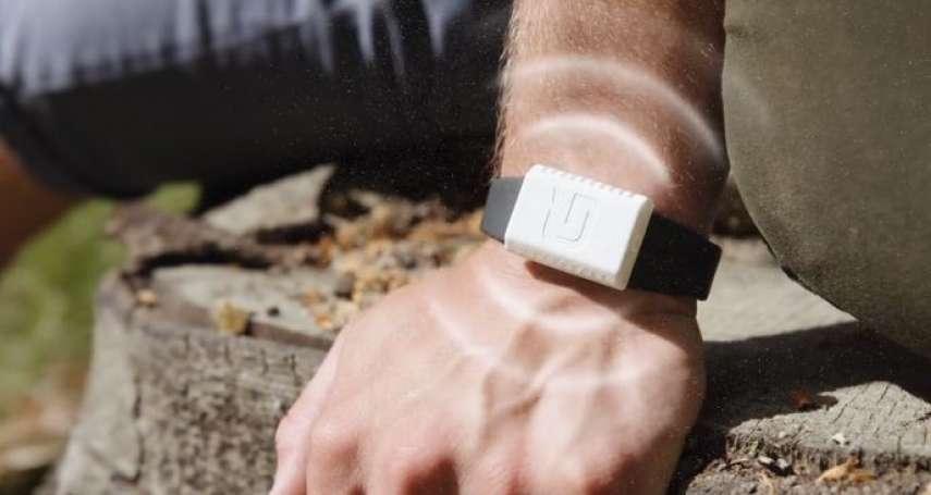 防蚊液怎麼噴都沒用?國外推出超強「防蚊手錶」,用超音波、特調香草,阻止蚊子靠近你!