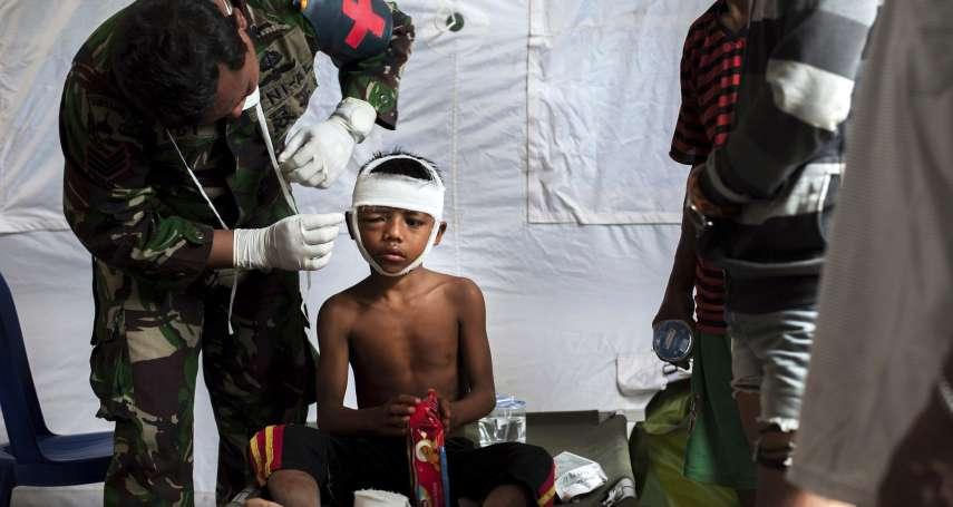 「好餓,我們需要食物!」印尼龍目島強震已347死、上萬人無家可歸 偏遠災區救援緩慢、缺糧缺藥