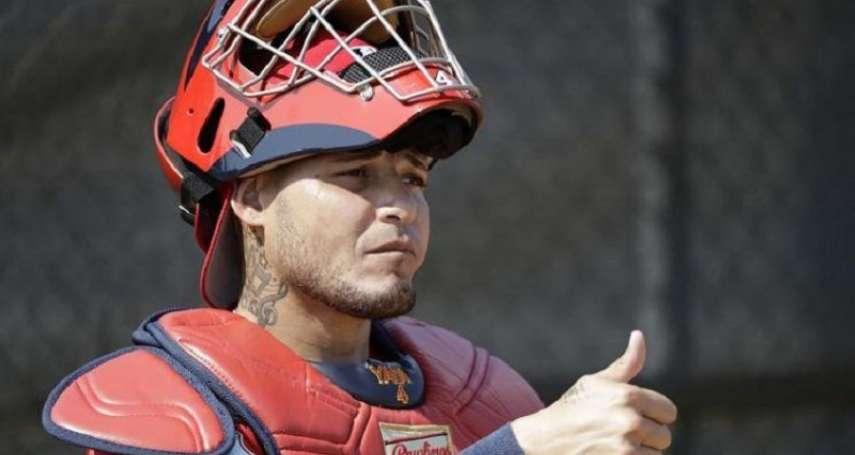 MLB》連蹲27場比賽 紅雀鐵捕莫里納終獲休息機會