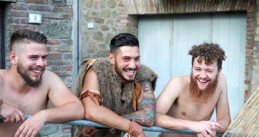 義大利夏日小鎮風情:因愛惜鄉土文化而生的「蠻族節慶」