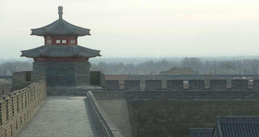 為何秦始皇拼命求長生不老,漢朝人卻完全不怕死?揭漢代人最神祕生命觀