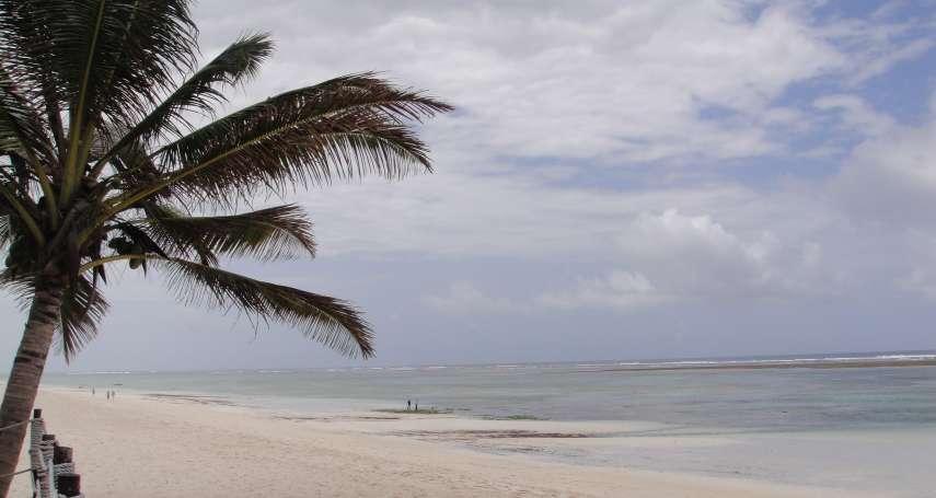【謝幸吟專欄】踩在麵粉沙灘上—在馬林第小漁村,追尋海明威足跡