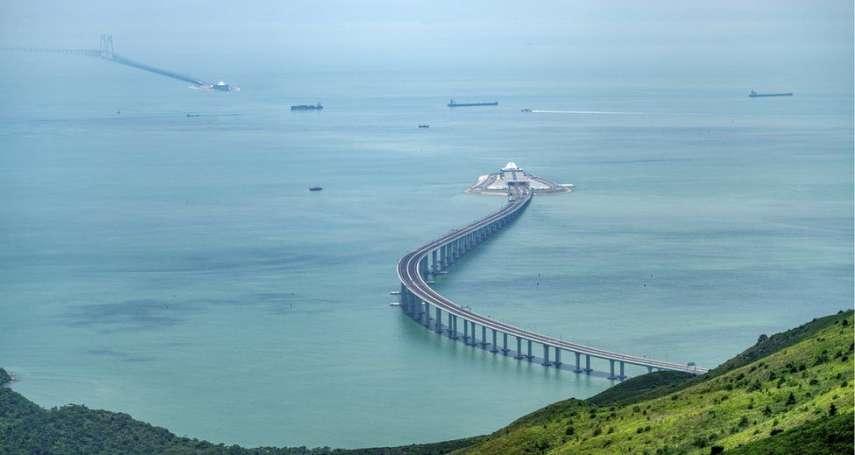 全世界最長跨海橋隧組合公路,為何不受香港人歡迎?港珠澳大橋引發的五大爭議