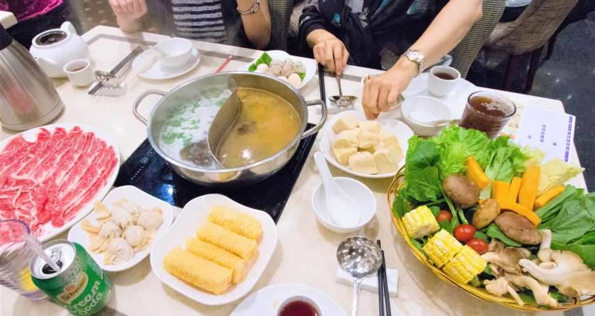 吃一次火鍋「吃到飽」=10碗白飯!專家點出熱量破表、害慘你體重的7樣「恐怖食材」