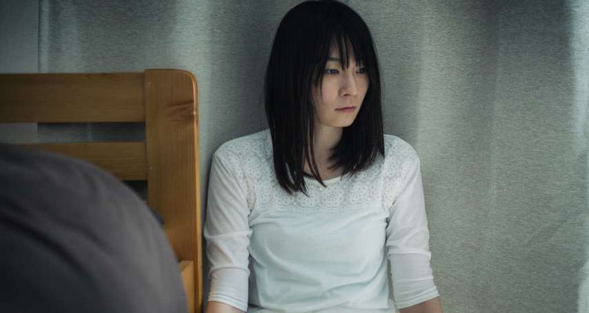 自殘成為她逃生的出口,流血反倒才是解脫…心理師從小說《初戀》談日本的房思琪們
