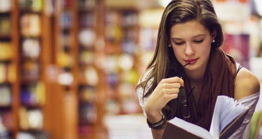 我不怕悽涼以終,只要再讓我閱讀:《嗜讀者》選摘(2)