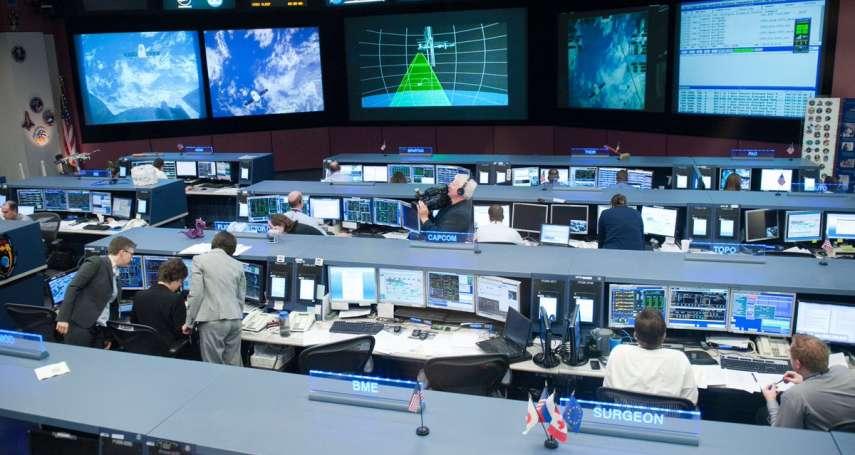《復仇者聯盟4》鋼鐵人落難太可憐…竟引NASA親自出馬救援!超幽默「神回覆」笑翻網友