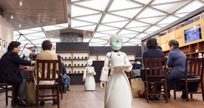日本最暖心的咖啡廳!機器人背後全是漸凍者「用眼球操控」,癱瘓也能走入社會和外界溝通