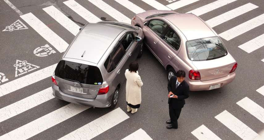 小車禍沒弄好,恐怕讓你去坐牢!名律師解析車禍處理SOP:錢能解決的都小事