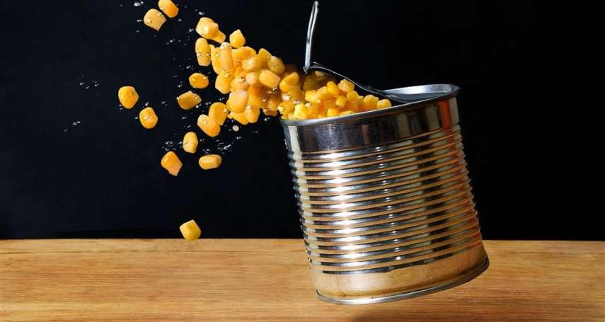 為什麼早餐店都先把蛋打進「玉米罐」裡再攪拌?早餐店老闆沒說的「真相」大公開