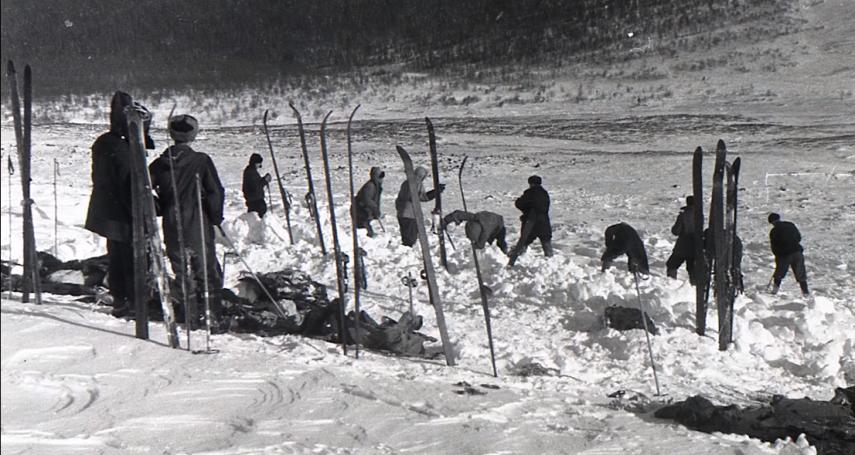 衣不蔽體、舌頭消失、皮膚變橘色…9名登山客慘死雪山!史上最詭異山難「迪亞特洛夫事件」