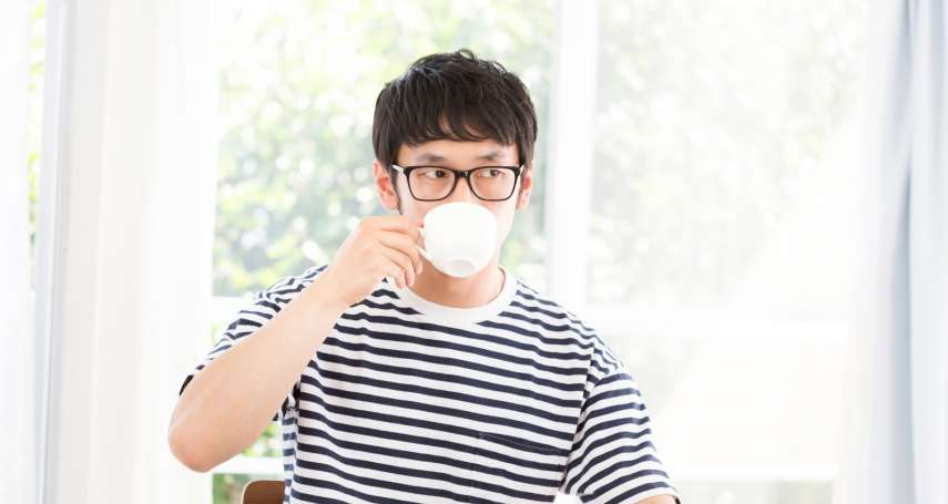 每天喝2杯咖啡,不喝竟然就頭痛欲裂!精神科醫生解析「咖啡因上癮」該怎麼辦