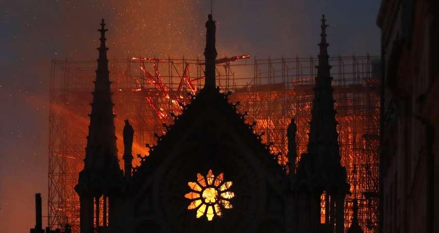 奇蹟!巴黎聖母院惡火延燒9小時 屋頂18萬隻蜜蜂卻生還,而且保護女王蜂