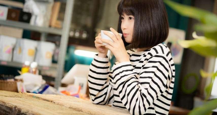 早上來杯「綠咖啡」配馬鈴薯,真能減肥嗎?醫師警告:沒控制好除了會變胖,還有這3大危機