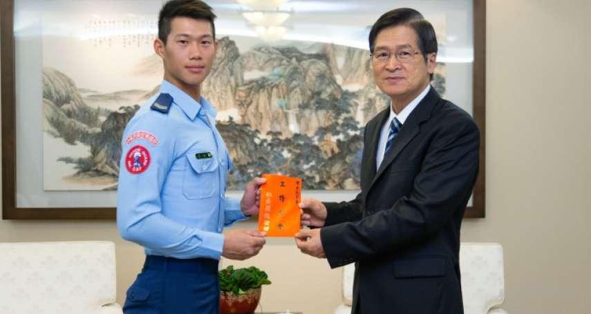 挑戰世界儀隊錦標賽,蘇祈麟去年「矇眼接槍」獲獎,黃士宸接棒出征