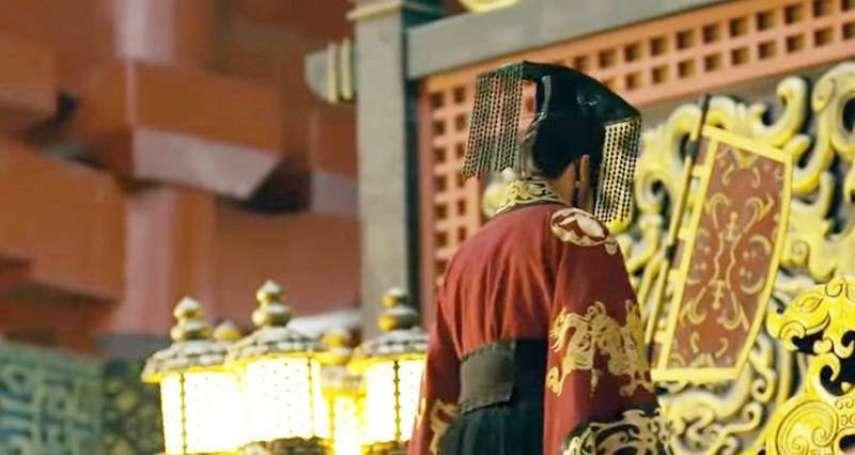整個朝代的皇帝都愛男人!被大臣撞見腿上調情、撲上去吸「那個」…揭5位最基情的癡心帝王