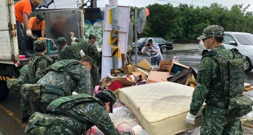 豪雨來襲!國防部災害應變中心二級開設,近4萬兵力完成整備隨時投入災防