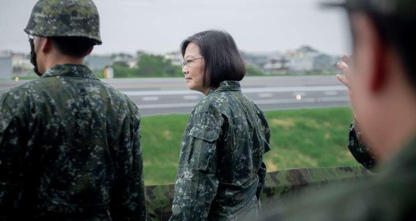 漢光35號演習》國軍實施反機降操演 「迷彩服小英」親臨視導