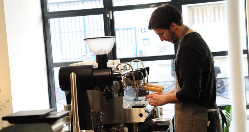 在巴黎喝的咖啡不是咖啡?是你的社交能力?解析巴黎人的咖啡史
