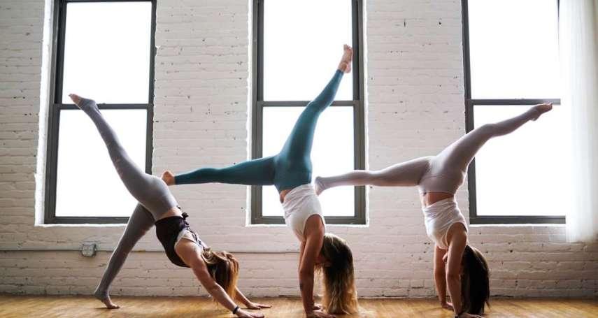 運動傷膝蓋,最好不要動?醫師傳授四大原則、六種拉筋動作,穩定肌肉更能保護膝關節!