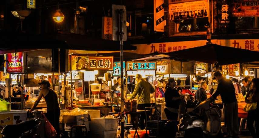 叫賣、團聚、日常,夜市擺攤大不易:名廚江振誠在士林夜市,看見最值得驕傲的台灣文化