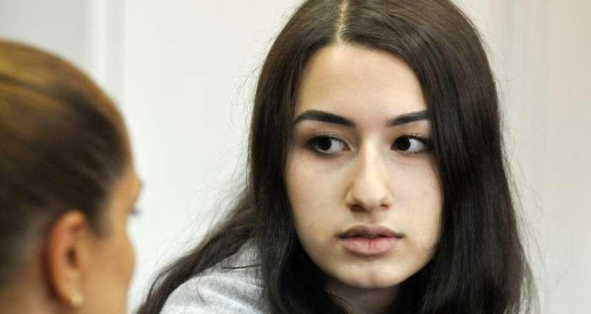 「捍衛自己,還是死在父親手中?」不堪長年家暴性虐,俄羅斯三姊妹砍殺父親30幾刀,面臨謀殺罪指控