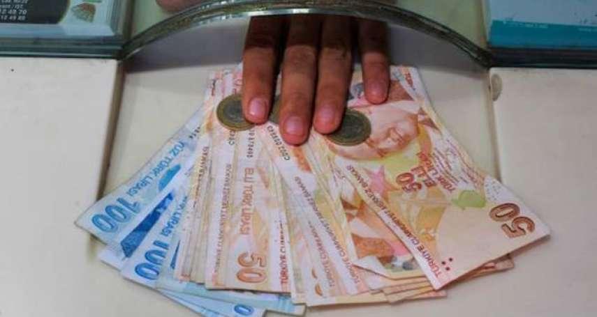 全球搶美元!市場風聲鶴唳,新台幣匯率探30.48,盤中重貶逾2角
