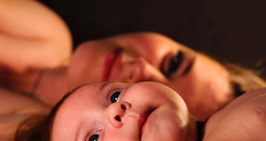 「你是我生的,我還管不了你?」控制性強、把孩子視為自己的財產,如何面對糾纏型母親?