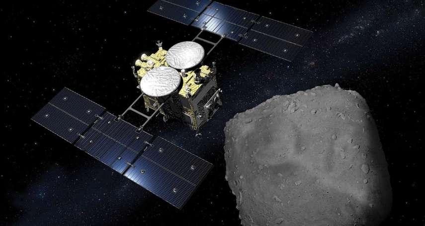 天文驚奇發現》竟有不染塵埃的星球!小行星「龍宮」地表毫無沙塵,科學家猜測:太空可能有「洗塵」機制